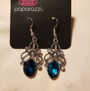 {Paparazzi} earrings